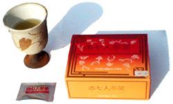 田七人参 エキスをお湯で薄めて飲みます。甘くて飲みやすいお茶です。